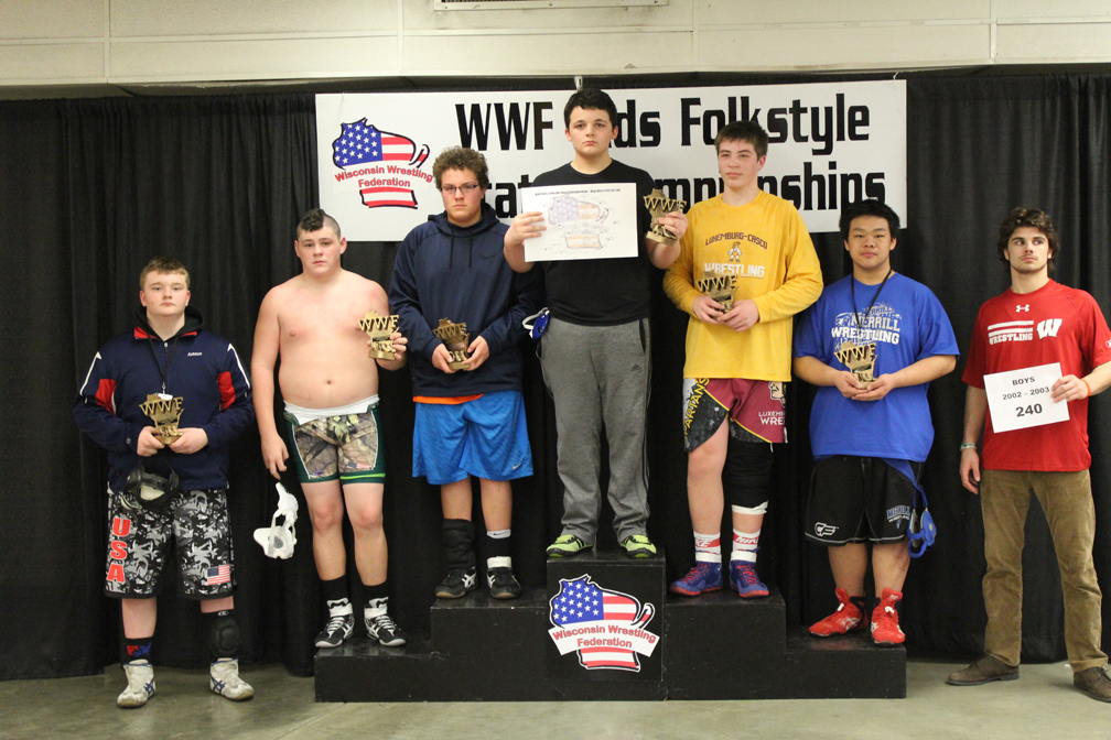 Merrill Youth Wrestler Diminitri Lo placed 5th at this weekend's Kids Folkstyle State Championship tournament at the Alliant Energy Center in Madison